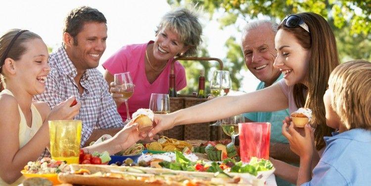 Cómo-llevarte-bien-con-la-familia-de-tu-pareja